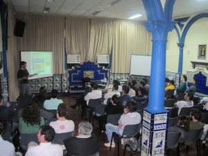 Rafael Bonifaz conferencia de Elastix en Rosario